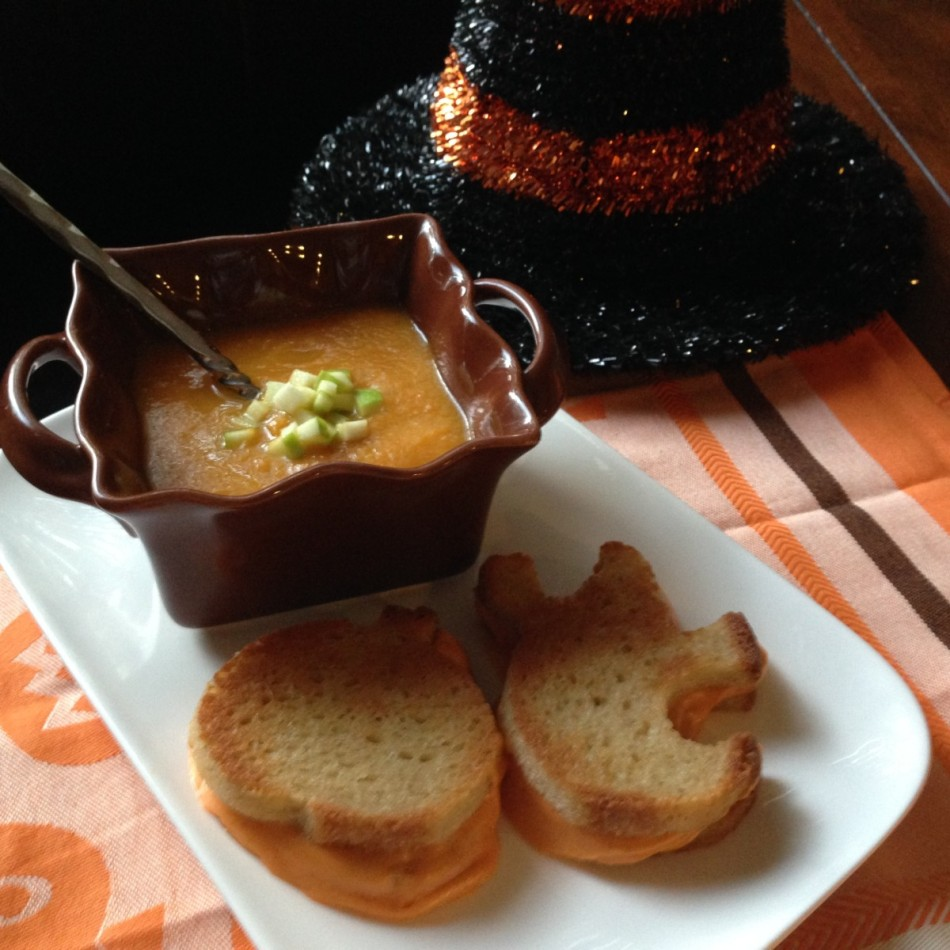 halloween grilled cheese sandwiches From Jessica's Kitchen