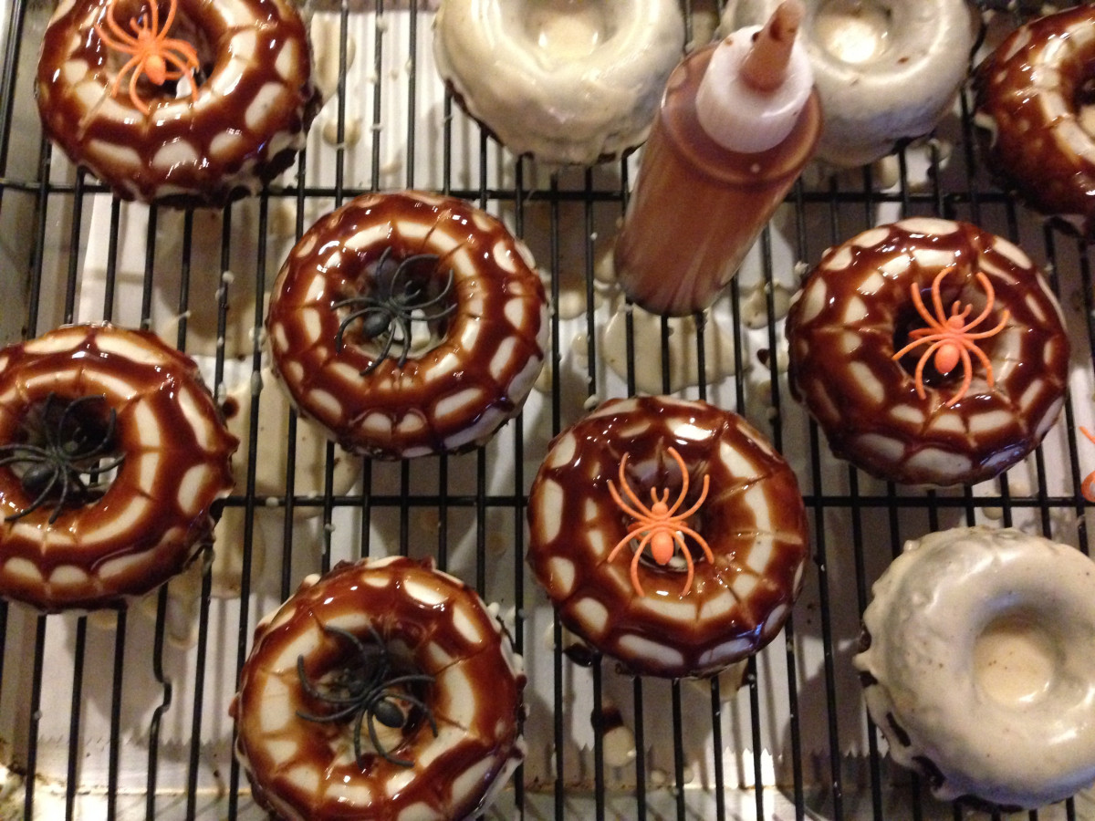 Halloween spider doughnuts gluten free, egg free, soy free, vegan, dairy free From Jessica's Kitchen