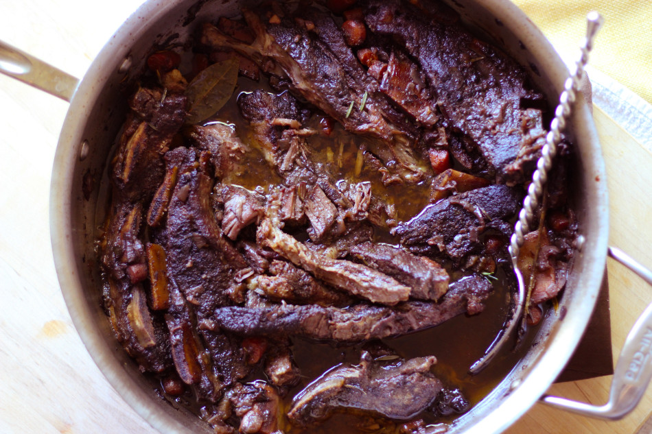 braised-beef-short-ribs-thomas-keller-ad-hoc-recipe