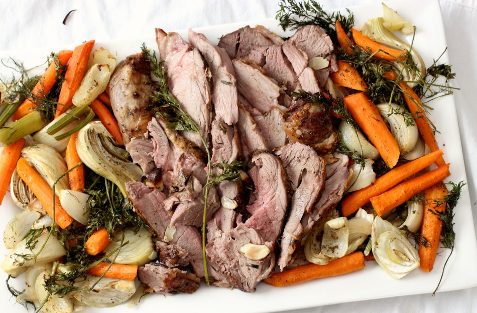easy-roast-leg-of-lamb-and-roasted-vegetables-from-jessicas-kitchen