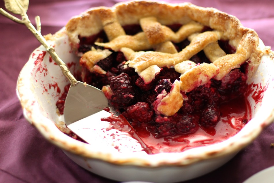 blackberry-pie-gluten-free-dairy-free-vegan-optional-summer-dessert-recipes