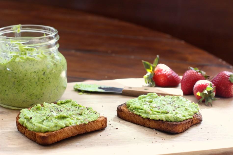 springtime-pea-pesto-gluten-free-vegan-dairy-free-from-jessicas-kitchen