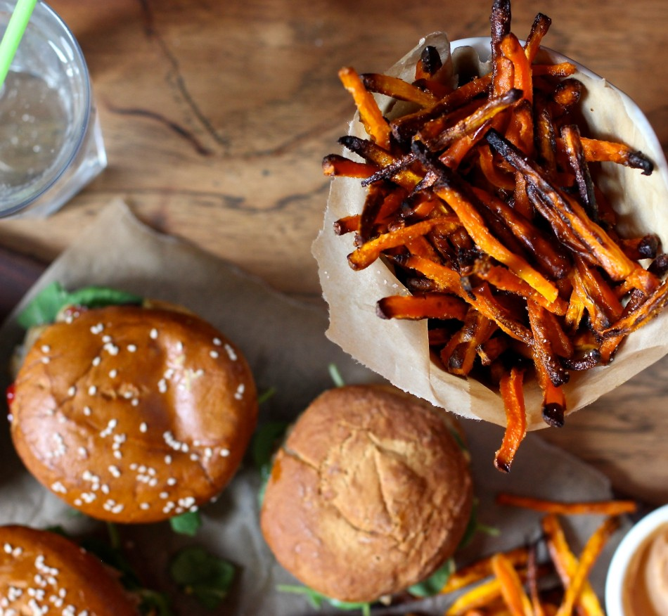 turkey-burgers-carrot-fries-gluten-free-dairy-free-soy-free-from-jessicas-kitchen