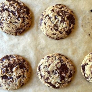 gluten-free-dairy-free-tahini-chocolate-chip-cookies