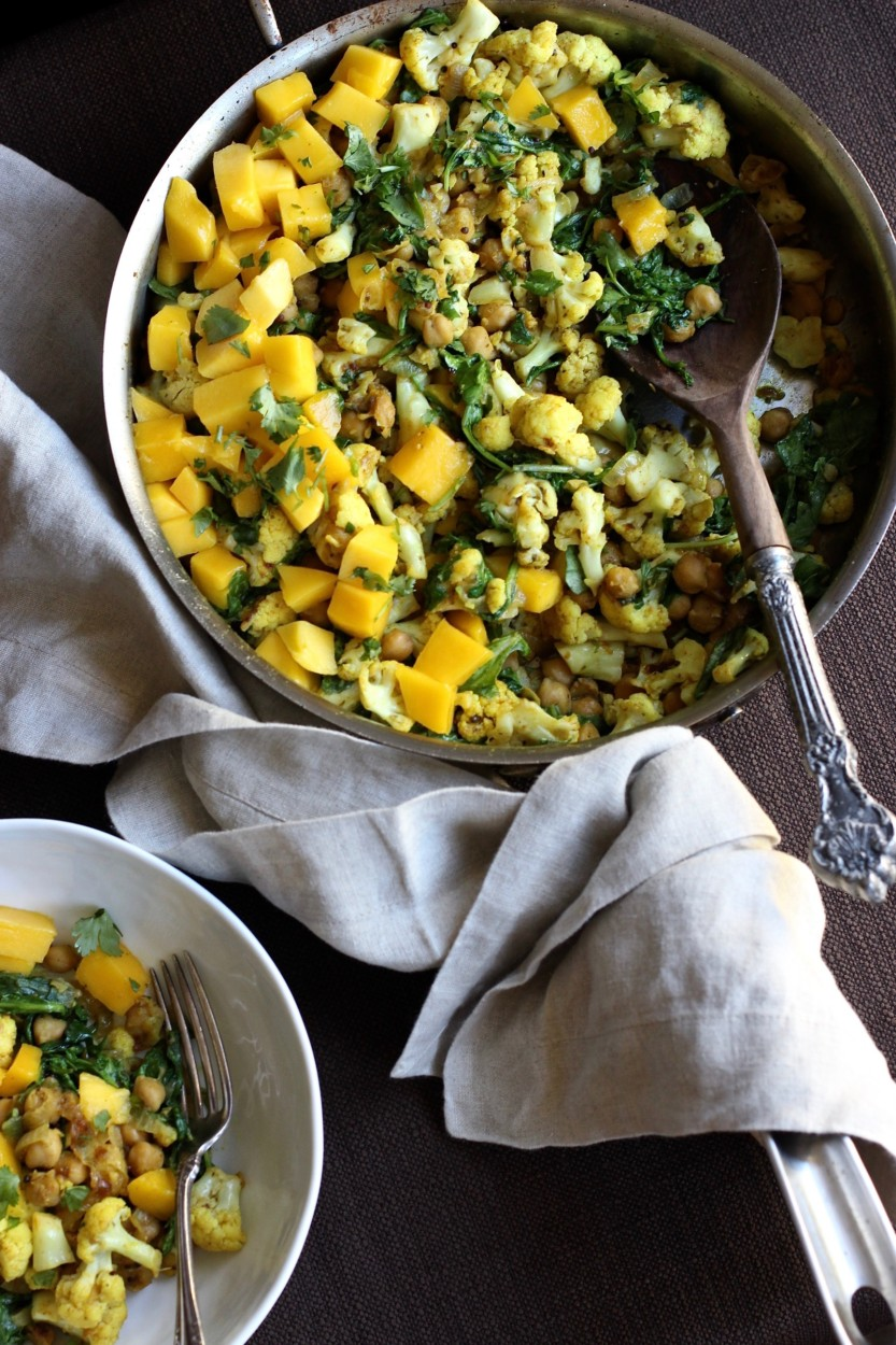warm-chickpea-cauliflower-mango-salad-gluten-free-soy-free-vegan-from-jessicas-kitchen-1