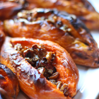 a-sweet-potato-with-pecan-in-syrup-gluten-free-dairy-free-vegan-paleo-recipe-from-jessicas-kitchen-1-of-1