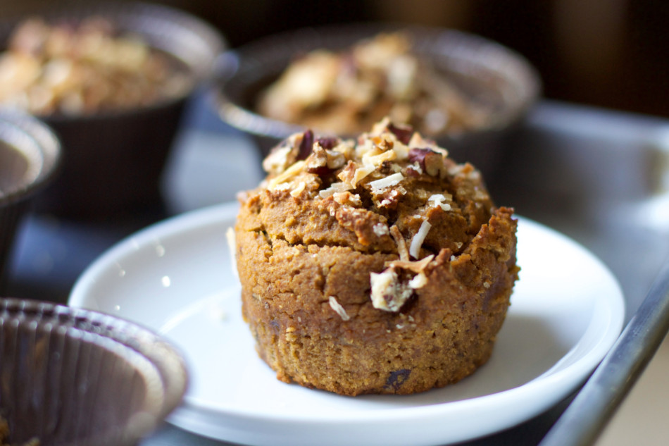 pumpkin-pecan-coconut-muffin-gluten-free-dairy-free-egg-free-soy-free-vegan-paleo-recipe-from-jessicas-kitchen-1-of-1