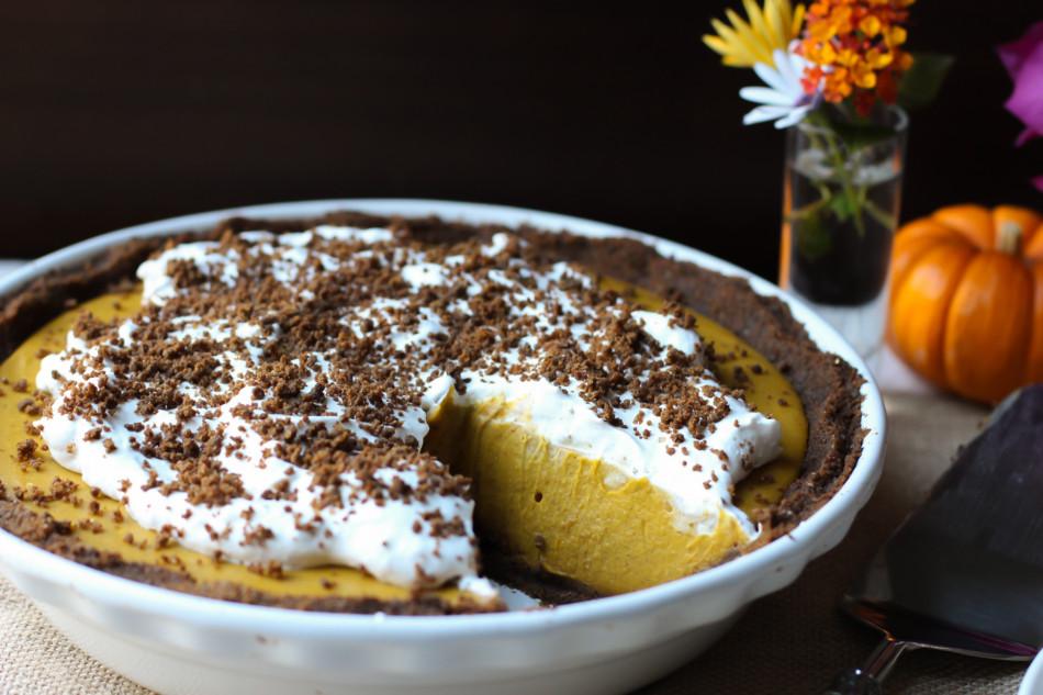 {Almost} No-Bake Pumpkin Pie (dairy free, egg free, gluten free, grain free, paleo, soy free, vegan)